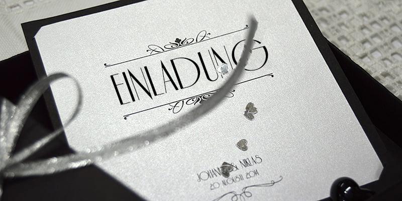 Einladungskarte Silber Hochzeit mit Schwarze Schachtel und Glitzerband